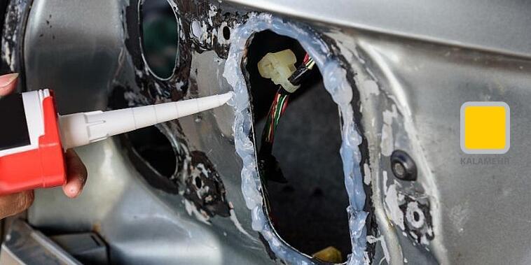 درزگیر سلیکونی در صنعت خودرویی نیز استفاده می شود.